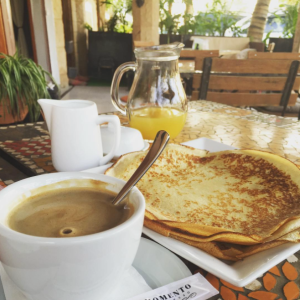 Breakfast at La Demeure