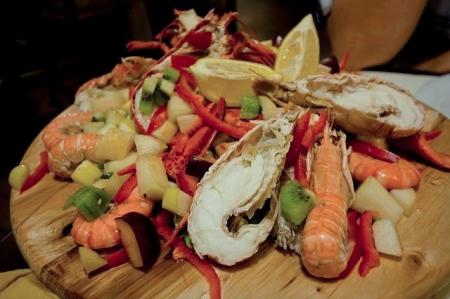 Eat fresh, locally sourced food at Au Souvenir.